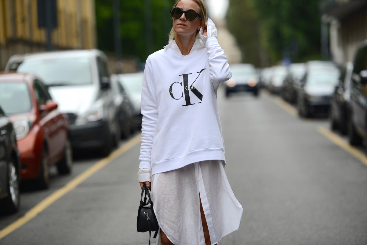 thestreetmuse_womenswear_fashion_streetstyle_photography_by_melaniegalea_in_milan_with_muse_celine-aagaard_in_calvin-klein_bag_shirt_sweater_top_celine_sunglasses_tr-mega-026470-20151028481103